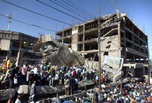 Cuatro muertos por derrumbe de edificio en Kenia