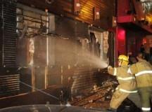 HAY PERSONAS GRAVES: El incendio de la discoteca de Santa María es el más trágico de Brasil en los últimos cincuenta años