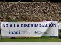 """FÚTBOL: Inadi: los cánticos discriminatorios en el fútbol se superan """"con más toma de conciencia"""""""