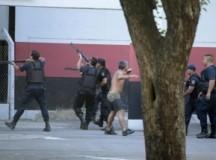 NEWELL'S – ROSARIO CENTRAL: Suspendieron el clásico rosarino por incidentes entre hinchas y la policía