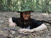 Las declaraciones y las fotos de la emotiva visita presidencial a la espesa selva de la ex Saigón convertida en museo
